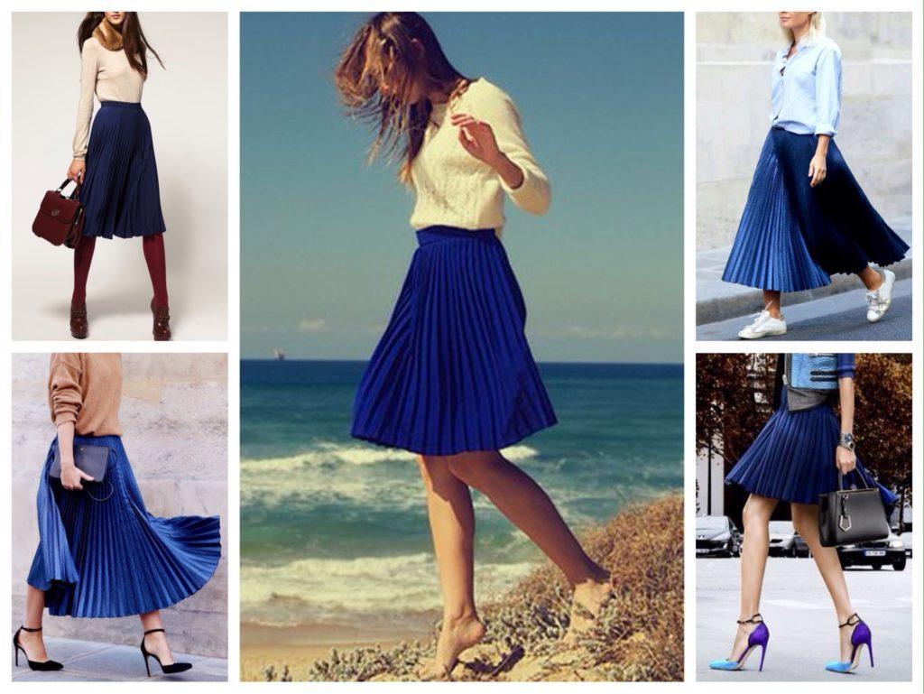 плиссированная синяя юбка